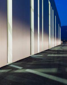 New Vimar Logistics Pole - Atelier(s) Alfonso Femia AF517Atelier(s) Alfonso Femia AF517 Fence Wall Design, Construction Area, Steel Buildings, Master Plan, Warehouse, Castle, Landscape, Architecture, Italy