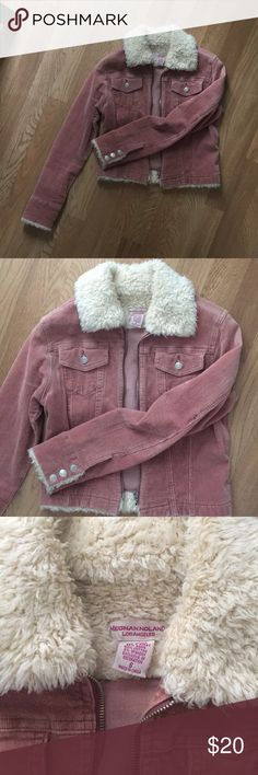 b6e06c3a85c2 Women s pink corduroy Sherpa jacket Women s pink corduroy Sherpa jacket  Very unique and stretchy. I get compliments every time I wear it. Jackets    Coats