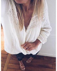 """822 mentions J'aime, 22 commentaires - Marine Pelletier (@navy.paris) sur Instagram : """"Et en entier✔️ ✨#ootd blouse Brigitte #magalipascal jean old #Zara sandales #mango bagues…"""""""