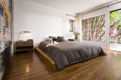 LAXseries Platform Bed