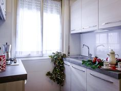 VRBO.com #489274ha - Lovely Apartment in the Center of Rome 100 Meters from St. Peter's Basilica