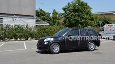 Alfa Romeo: ecco le prime immagini del nuovo SUV (FOTO)