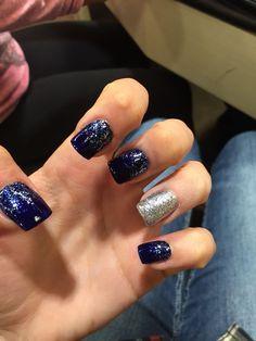 Navy blue prom nails navy acrylic nails, blue gel nails, navy b Navy Acrylic Nails, Blue Gel Nails, Navy Blue Nails, Gold Nails, Blue Gold, Striped Nails, Sparkle Nails, Acrylic Gel, Gold Sparkle
