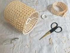 diy crafts for the home decoration / diy crafts ; diy crafts for the home ; diy crafts for kids ; diy crafts to sell ; diy crafts for adults ; diy crafts for the home decoration ; diy crafts to sell easy Diy Projects On A Budget, Diy Home Decor On A Budget, Diy Home Decor Projects, Wood Projects, Fun Diy Crafts, Diy Crafts Videos, Wood Crafts, Diy Laden, Diy Abat Jour