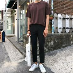 Summer Outfits Men, Stylish Mens Outfits, Casual Outfits, Asian Men Fashion, Look Fashion, Korean Outfits, Mens Clothing Styles, Ulzzang, Ideias Fashion