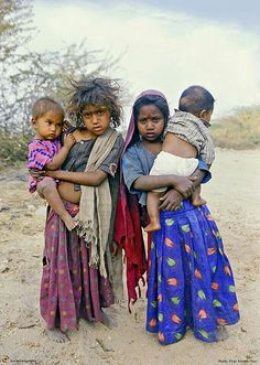 Make War & Hunger History Poor Children, Precious Children, Beautiful Children, Beautiful People, Kids Around The World, We Are The World, People Around The World, Around The Worlds, Bless The Child