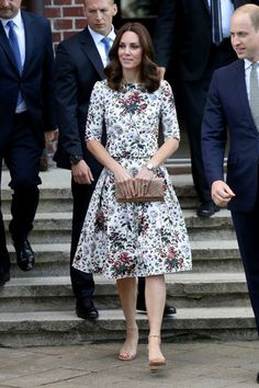 Kate Middleton Photos - Catherine, Duchess of Cambridge visits the Stutthof concentration camp during an official visit to Poland and Germany on July 18, 2017 in Gdansk, Poland. - The Duke and Duchess of Cambridge Visit Poland - Day 2
