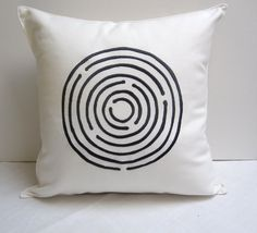 Pilosale has great pillows for kids rooms! Want these for Thijs' new room