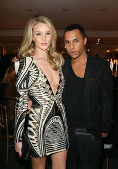 la modella mafia Rosie Huntington Whiteley red carpet fashion with Olivier Rousteing in Paris in a Balmain mini dress 1