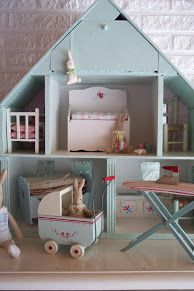 Maileg rabbit & furniture