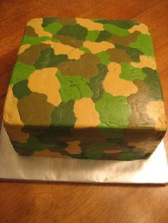 Camo cake - Buttercream. Use a paint roller ro smooth it out