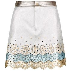 Hilfiger Collection Metallic Leather Mini Skirt (15,985 MXN) ❤ liked on Polyvore featuring skirts, mini skirts, bottoms, white leather skirts, tiered skirts, white mini skirt, short leather skirt and white skirt