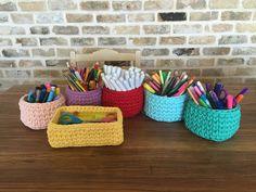 סלסלאות קטנות מחוטי טריקו. Nesting baskets. Crochet T shirt yarn.