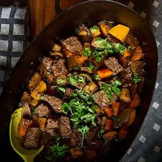 Pot Roast, Food Inspiration, Slow Cooker, Dinner, Cooking, Ethnic Recipes, God, Drinks, Nice