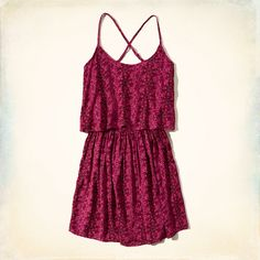 Hollister is the fantasy of Southern California, with clothing that's effortlessly cool and totally accessible. Shop jeans, t-shirts, dresses, jackets and more. New Arrival Dress, Girls Dresses, Summer Dresses, Tiered Dress, Skater Dress, Hollister, Rompers, Cute, Pattern