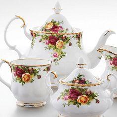 Royal Albert® 'New Country Roses White' Fine Bone China Tea Pot