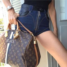 Louis Vuitton resort goes to the beach and North West goes on a shopping spree. Lv Handbags, Louis Vuitton Handbags, Louis Vuitton Speedy Bag, Louis Vuitton Monogram, Vuitton Bag, Designer Handbags, Trendy Handbags, Fashion Handbags, Spring Bags