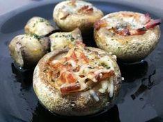 Receita de Cogumelos recheados com bacon e queijo azul