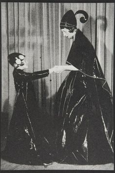 1907 photo of Jeanne Lanvin and her daughter Marguerite that inspired the Lanvin logo. [Photo by Courtesy]