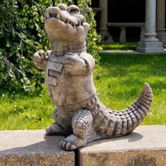 This Florida Gators Vintage Mascot Garden Statue shows Albert in all his glory. Stone Fountains, Garden Fountains, Garden Statues, Garden Sculpture, Florida Gators Football, Gator Football, Pittsburgh Steelers, College Football