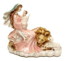 Roman Mary w Lion & Lamb Figurine
