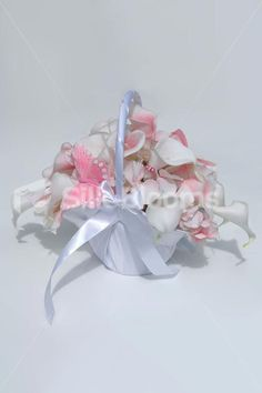 Gorgeous Light Pink & White Picasso Lily Flowergirls Basket Gorgeous Light Pink & White Picasso Lily Flowergirls Basket [Simone - Basket] - £49.99 : Artificial Wedding Flowers   Bridal Bouquets   Silk Wedding Flowers   Wedding Bouquets   Wedding Flowers, Silk Blooms Glasgow, we sell and hire artificial wedding flowers, bridal bouquets, buttonholes and wedding table arrangements.