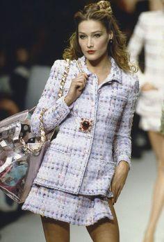 Chanel Vintage Fashion & More Details