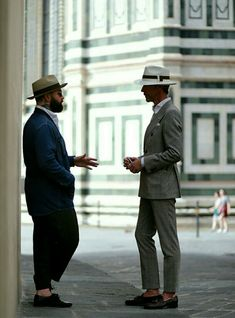Gentleman, gentleman style, suit,suits, gentleman in suit, best suit, America, English men, Englishmen outfit, how to style a hat, british