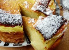 Ecco la torta souffle all'arancia senza burro e olio è una di queste. Questa torta della consistenza cremosa e delicata me la preparava ♦๏~✿✿✿~☼๏♥๏花✨✿写☆☀🌸🌿🎄🎄🎄❁~⊱✿ღ~❥༺♡༻🌺TU Dec ♥⛩⚘☮️ ❋ Super Torte, Wine Recipes, Cooking Recipes, Delicious Desserts, Dessert Recipes, Torte Cake, Italian Desserts, Spanish Desserts, Sweet Cakes