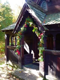 Bjorklunden Chapel Baileys Harbor Wisconsin / Flowers by Flora Flowershop ~ Recommended by Jason Mann Photography.