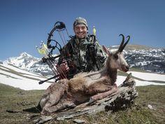Bowhunting Pyrenees - Pedro Ampuero