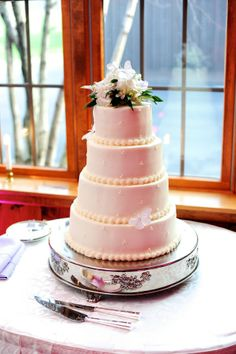 Wedding Cakes Worcester Ma Wedding Cakes We Love On Pinterest Barn Weddings Wedding Cakes And