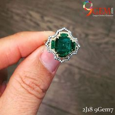 Standout your look with this ravishing emerald and diamond ring