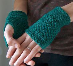 Free knitting pattern for Emerald Handwarmer easy fingerless mitts