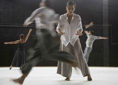 Espetáculo de dança 'Insthabilidade' explora condição do ser humano poder 'cair e levantar' na vida | #CatracaLivre, #Dança, #Insthabilidade, #SescPinheiros