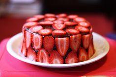 Strawberry chocalate cake