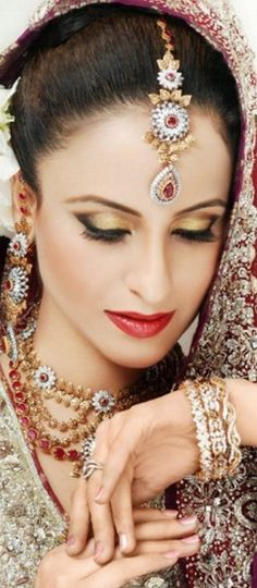 tikka with the earrings