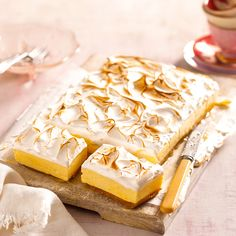 Experience the flavours of cheesecake and lemon meringue pie in one delicious slice.
