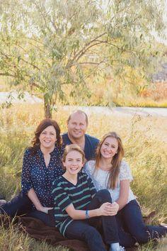 Family portraits outdoor Katerina Andrea photography www.katerinaandrea.com