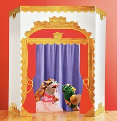super easy puppet theatre that folds away when done :)