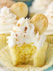 Coconut Cream Pie Cupcakes are made with a moist coconut cupcake recipe & filled with coconut cream filling, then topped with coconut frosting! Easy Cupcake Recipes, Best Dessert Recipes, Easy Desserts, Baking Desserts, Dessert Ideas, Sugar Cream Pie Recipe, Cream Pie Recipes, Coconut Frosting, Coconut Cupcakes