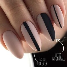 The advantage of the gel is that it allows you to enjoy your French manicure for a long time. There are four different ways to make a French manicure on gel nails. Cute Acrylic Nails, Matte Nails, Swag Nails, Fun Nails, Nice Nails, Nail Manicure, Nail Polish, Black Manicure, Short Square Nails