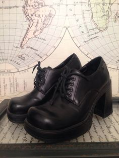I had these in the 90s.    Vintage 90s Skechers Grunge Goth Gothic Revival Super Chunky Monster Platform Lace Up Loafers 6 on Etsy, $30.00
