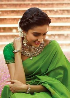 30 bridal gold necklace designs to check out before buying your wedding jewellery! - Blog