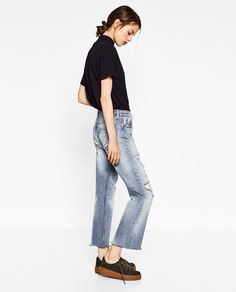 Image 2 of RIPPED DETAIL JEANS from Zara