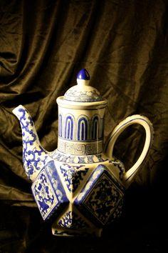 Rare Vintage Andrea by Sadek Vintage Handpainted Chinese Teapot Octagonal Art Deco Shape.