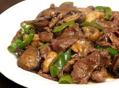 Filipino Main Dish Recipe: Beef Salpicao with Buttered Vegetables | Filipino Foods And Recipes - Pinoy foods at its finest.