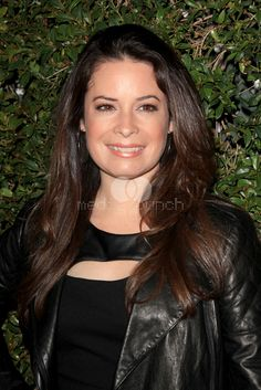 Holly Marie Combs - Can she get any more beautiful?
