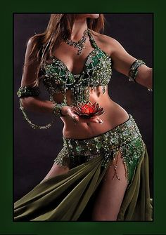 Thought-provoking belly dance costumes CONTEST - Page 2 - Belly Dance Forums Belly Dance Outfit, Belly Dance Costumes, Tribal Fusion, Gypsy, Baile Latino, Shimmy Shimmy, Belly Dancing Classes, Exotic Dance, Tribal Belly Dance