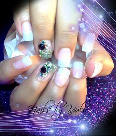 Photo of the day... White glitter powder. With rainbow diamonds....